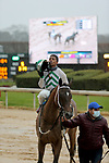 February 6, 2021:  Golden Tiger (2) with jockey Ricardo Santana Jr. aboard after winning the 5th race at Oaklawn Racing Casino Resort in Hot Springs, Arkansas. ©Justin Manning/Eclipse Sportswire/CSM