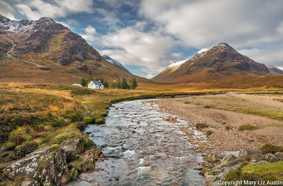 Glen Coe, Scotland: The Lagangarbh cottage beneath the mountains of Glen Coe