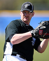 March 1, 2010:  First Baseman Lyle Overbay (35) of the Toronto Blue Jays during practice at Englebert Complex in Dunedin, FL.  Photo By Mike Janes/Four Seam Images