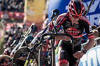 Anton Ferdinande (BEL/Pauwels Sauzen - Bingoal)<br /> <br /> Elite Women's Race<br /> 2021 UCI cyclo-cross World Cup - Zonhoven (BEL)<br /> <br /> ©kramon