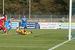 Lars Hunn (Nr.1, SC Freiburg) kann das 1:2 nicht verhindern beim Spiel, FC Astoria Walldorf - SC Freiburg II.<br /> <br /> Foto © PIX-Sportfotos *** Foto ist honorarpflichtig! *** Auf Anfrage in hoeherer Qualitaet/Aufloesung. Belegexemplar erbeten. Veroeffentlichung ausschliesslich fuer journalistisch-publizistische Zwecke. For editorial use only. DFL regulations prohibit any use of photographs as image sequences and/or quasi-video.