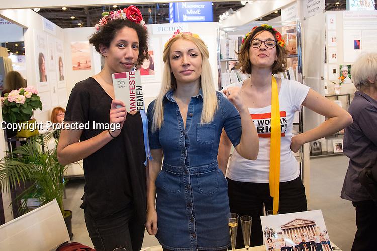 INNA SHEVCHENKO 'FEMEN' - LIVRE PARIS - SALON DU LIVRE 2016