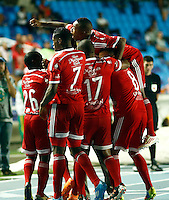 CALI -COLOMBIA-15-04-2014. Carlos Alberto Henao del America de Cali celebra su gol  contra el Real Cartagena ,partido por el Torneo Postobon  de la segunda division jugado en el estadio Pascual Guerrero de la ciudad de Cali./ Carlos Alberto Henao of America de Cali celebrates his goal against Real Cartagena , Postobon tournament Cup game for the second divison played at the stadium Pascual Warrior Cali.  Photo: VizzorImage / Juan Carlos Quintero / Stringer