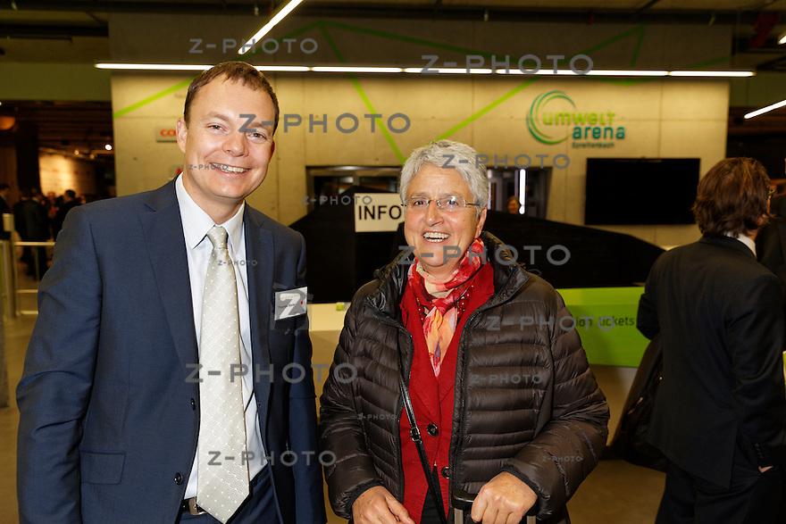 v.l.n.r. Thomas Maier; Nationalrat, Silvia Semadeni; Nationalrätin am 29. Oktober 2015 in der Umwelt Arena Spreitenbach - Smart Energy Party 2015<br /> <br /> Copyright © Zvonimir Pisonic