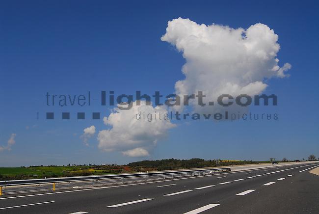 Clouds over Highway A75, Wolken über der Autobahn, near exit, nahe Ausfahrt Engayresque, north of, nördlich von Millau, Aveyron, France.