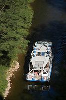 Europe/France/Midi-Pyrénées/46/Lot/Env de Saint-Cirq-Lapopie/Bouziès: Navigation Fluviale sur le Bief de l''écluse de Ganil - Vallée du Lot