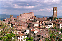 """Anghiari, paese in provincia di Arezzo annoverato tra """"i borghi più belli d'Italia"""" --- Anghiari, small village in the province of Arezzo rated within the """"most beautiful villages in Italy"""""""