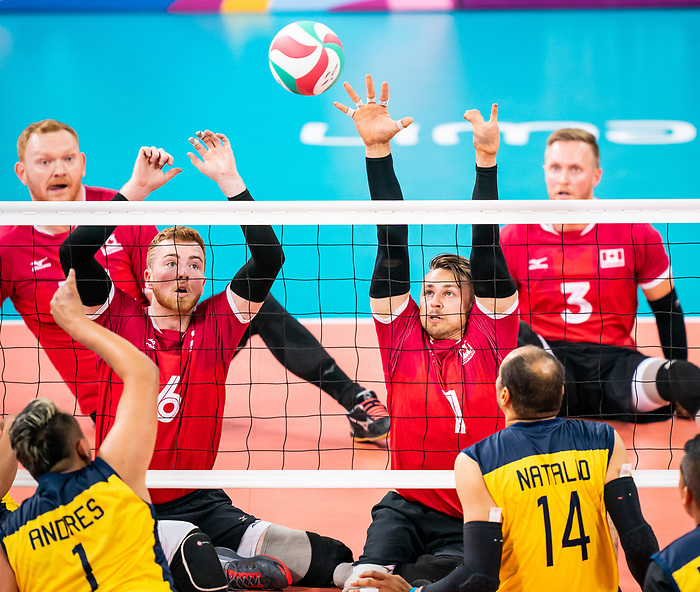 Bryce Foster and Jesse Ward, Lima 2019 - Sitting Volleyball // Volleyball assis.<br /> Canada competes for the bronze medal in men's Sitting Volleyball // Canada participe pour la médaille de bronze en volleyball assis masculin. 28/08/2019.