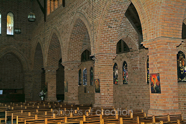 Inside of Anglican Cathedral Grafton -<br />