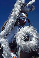 USA, Oregon, Native American in ceremonial dress