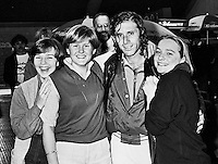 1982, ABN WTT, Vilas op de ie ring met fans
