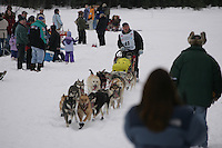 Cliff Wang on trail shortly after leaving Willow Restart.  2005 Iditarod Sled Dog Race