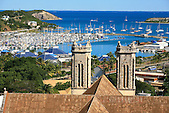 Cathédrale de Nouméa et port Moselle