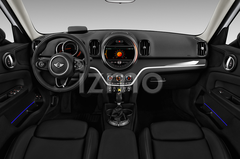Stock photo of straight dashboard view of a 2018 Mini Countryman S 5 Door Hatchback