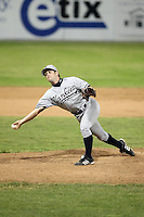 July 9th 2007:  Justin Segal of the Staten Island Yankees, Class-A affiliate of the New York Yankees, at Dwyer Stadium in Batavia, NY.  Photo by:  Mike Janes/Four Seam Images