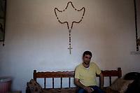 Irak, Juni 2014,  Portrait von Salaam Rahemi, <br /> <br /> Engl.: Asia, Iraq, North Iraq, conflict area, Karakosh, portrait of Salaam Rahemi, the last Christians in Iraq are domiciled in Karakosh, June 2014<br /> <br /> || Die irakische Stadt Karakosch beheimatet die letzten Christen im Irak.
