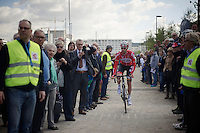 Kenny Dehaes (BEL/Lotto-Belisol) finding his way to the start podium through the crowd<br /> <br /> 102nd Scheldeprijs 2014