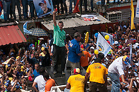 Venezuela: Puerto Ordaz,20/09/11 .Venezuelan opposition candidate Henrique Capriles, waves to supporters during a rally in the neighborhood Unare, Puerto Ordaz, south of Venezuela..Carlos Hernandez/Archivolatino