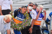 #30: Takuma Sato, Rahal Letterman Lanigan Racing Honda<br /> Takuma Sato and his team prepare to kiss the bricks after winning the Indy 500