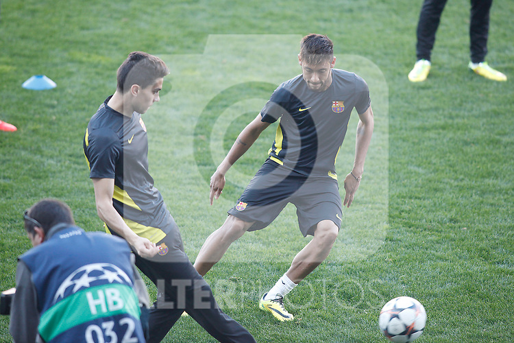 FC Barcelona´s Neymar Jr during a training at the Vicente Calderon stadium in Madrid, Spain. Atletico de Madrid will face FC Barcelona in the second leg quarterfinal Champions League soccer match.  April 8, 2014. (ALTERPHOTOS/Victor Blanco)
