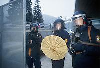 - police in public order service during the yearly international summit of economy in Davos....- polizia in servizio di ordine pubblico durante l'annuale vertice di economia internazionale a Davos
