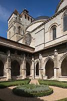 Europe/France/Midi-Pyrénées/46/Lot/Cahors: Cloitre renaissance de la Cathédrale St-Etienne et le Préau Céleste qui fait partie des jardins secrets de Cahors