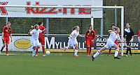 UEFA Women's Under 17 Championship - Second Qualifying round - group 1 : Belgium - England : .vreugde bij Engeland na hun doelpunt.foto DAVID CATRY / Vrouwenteam.be