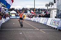 Shirin Van Anrooij (NED) wins the first ever organized Women's Junior World Championships race. <br /> <br /> Women's Junior race<br /> UCI 2020 Cyclocross World Championships<br /> Dübendorf / Switzerland<br /> <br /> ©kramon