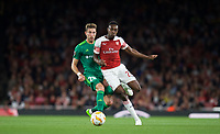 Danny Welbeck of Arsenal & Yuriy Kolomoyets of Vorskla Poltava during the UEFA Europa League match group between Arsenal and Vorskla Poltava at the Emirates Stadium, London, England on 20 September 2018. Photo by Andrew Aleksiejczuk / PRiME Media Images.