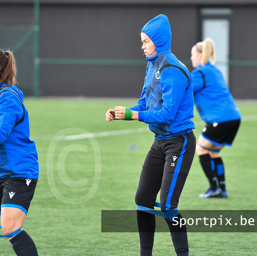 Charlotte Laridon (15 Brugge) pictured during warming up of a female soccer game between Club Brugge Dames YLA and RSC Anderlecht Ladies on the fifth matchday of the 2020 - 2021 season of Belgian Scooore Womens Super League , sunday 18 October 2020  in Brugge , Belgium . PHOTO SPORTPIX.BE | SPP | DAVID CATRY