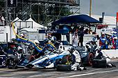 2017 Verizon IndyCar Series - Firestone Grand Prix of St. Petersburg<br /> St. Petersburg, FL USA<br /> Sunday 12 March 2017<br /> Max Chilton pit stop<br /> World Copyright:Sam Cobb/LAT Images<br /> ref: Digital Image cobb-stpete-170312-4387