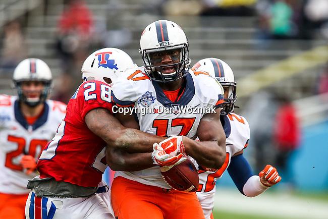 Illinois Fighting Illini defensive lineman Jihad Ward (17) in action during the Heart of Dallas Bowl Bowl game between the Illinois Fighting Illini and the Louisiana Tech Bulldogs at the Cotton Bowl Stadium in Dallas, Texas. Louisiana defeats Illinois 35 to 18.
