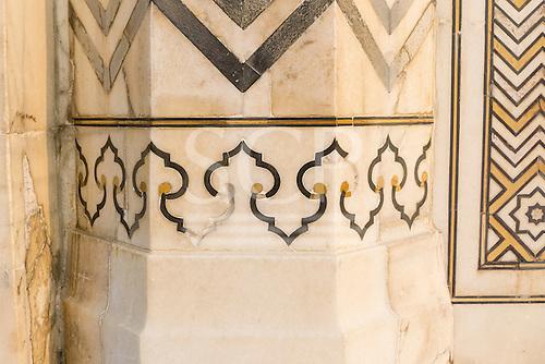 Agra, Utar Pradesh, India. Detail of the inlaod semi-precious stonework on the Taj Mahal showing how it is deteriorating