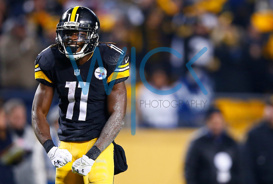 Markus Wheaton #11 of the Pittsburgh Steelers reacts following his touchdown late in the second quarter against the Indianapolis Coltsc during the game at Heinz Field on December 6, 2015 in Pittsburgh, Pennsylvania. (Photo by Jared Wickerham/DKPittsburghSports)