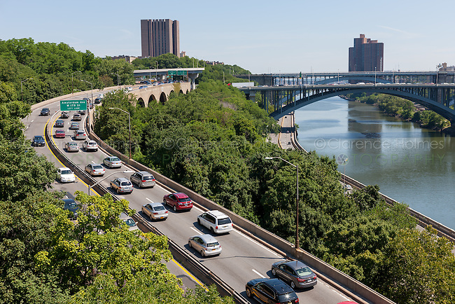 Traffic on the Harlem River Drive looking north from the High Bridge over the Harlem River in New York City.