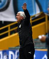 BOGOTÁ-COLOMBIA, 17–08-2019: Humberto Sierra, técnico de La Equidad gesticula durante partido entre Millonarios y La Equidad de la fecha 6 por la Liga Águila II 2019  jugado en el estadio Nemesio Camacho El Campín de la ciudad de Bogotá. / Humberto Sierra, coach of La Equidad gestures during a match between Millonarios and La Equidad of the 6th date for the Aguila Leguaje II 2019 played at the Nemesio Camacho El Campin Stadium in Bogota city, Photo: VizzorImage / Luis Ramírez / Staff.
