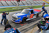 #52: Stewart Friesen, Halmar Friesen Racing, Toyota Tundra Halmar Racing To Beat Hunger