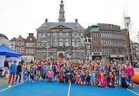 April 17, 2015, Netherlands, Den Bosch, Maaspoort, Fedcup Netherlands-Australia,  schoolkids with Dutch team<br /> Photo: Tennisimages/Henk Koster