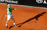 Lo spagnolo David Ferrer in azione durante gli Internazionali d'Italia di tennis a Roma, 17 Maggio 2013..Spain's David Ferrer in action during the Italian Open Tennis tournament ATP Master 1000 in Rome, 17 May 2013.UPDATE IMAGES PRESS/Isabella Bonotto