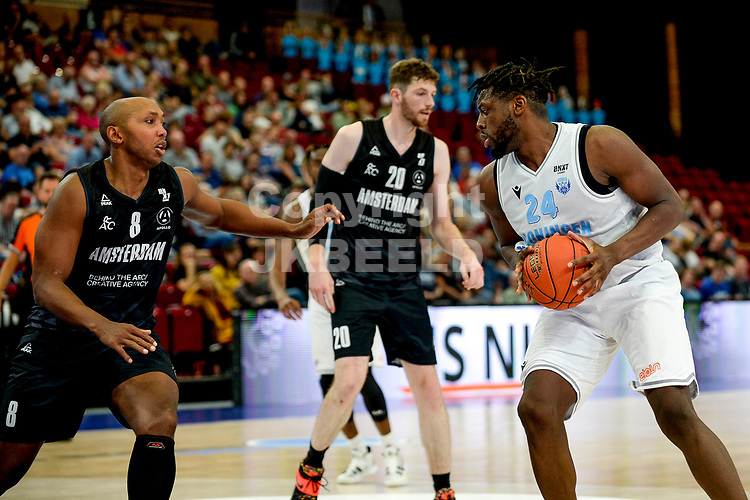 GRONINGEN - Basketbal, Donar - Apollo Amsterdam , Dutch Basketbal League, seizoen 2021-2022, 26-09-2021,  Donar speler Lotanna Nwogbo