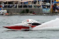 "13-14 June, 2009, APBA Inboards, Walled Lake, Novi, MI. USA.Tom Thompson, A-25 ""Fat Chance V"", 2.5 Mod hydroplane.©F. Peirce Williams 2009 USA.F.Peirce Williams.photography.ref: RAW (.NEF) File Available"