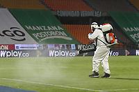 MEDELLIN - COLOMBIA,3-10-2020:Protocolos de bioseguridad.Atlético Nacional  y Envigado en partido por la fecha 11 de la Liga BetPlay DIMAYOR I 2020 jugado en el estadio Atanaso Girardot de la ciudad de Medellín. /<br /> Biosafety protocols. Atletico Nacional  and Envigado in match for the date 11 BetPlay DIMAYOR League I 2020 played at Atanasio Girardot  stadium in Medellin city. Photos: VizzorImage / Juan Augusto Cardona / Contrbuidor