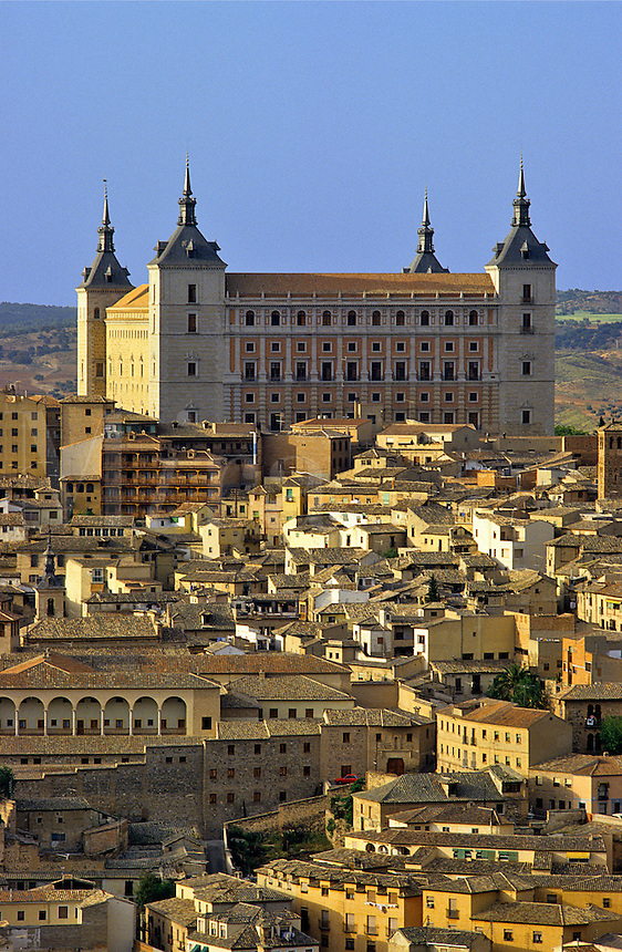 Spain. Toledo. Old town dominated by the Alcazar. Castile la Mancha.