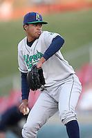 Aoril 16, 2009: Manaurys Correa (36) of the Cedar Rapids Kernels at Elfstrom Stadium in Geneva, IL.  Photo by:  Chris Proctor/Four Seam Images