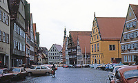Dinkelsbuhl: wide main street.