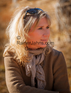 Portrait einer blonden Frau, 40er Jahre   Portrait of a blonde woman, 40 years