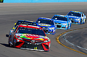 2017 Monster Energy NASCAR Cup Series<br /> Camping World 500<br /> Phoenix International Raceway, Avondale, AZ USA<br /> Sunday 19 March 2017<br /> Kyle Busch, Skittles Toyota Camry and Brad Keselowski<br /> World Copyright: Russell LaBounty/LAT Images<br /> ref: Digital Image 17PHX1rl_7577