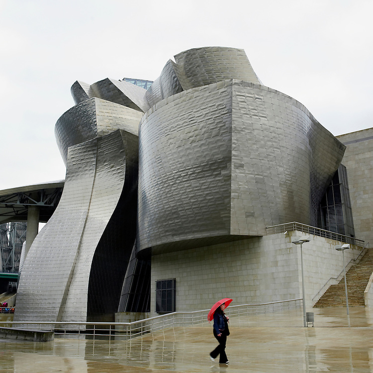 © John Angerson Thomas Krens - Director of the Solomon R. Guggenheim Foundation photographed at the Guggenheim, Bilbao, Spain that opened to wide public acclaim in October 1997...+44 (0) 7767 822828..