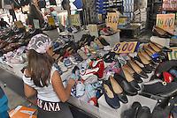 - Milan, street market of Papiniano avenue..- Milano, mercato di viale Papiniano