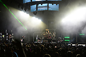 WEST PALM BEACH, FL - AUGUST 05: Brian Head Welch, Reginald Arvizu, Ray Luzier, Jonathan Davis and James Shaffer of Korn performs at The iTHINK Financial Amphitheatre on August 5, 2021 in West Palm Beach Florida. Credit Larry Marano © 2021